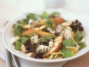 Salad with Pears and Blue Cheese recipe