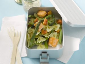 Salmon and Asparagus Farfalle recipe