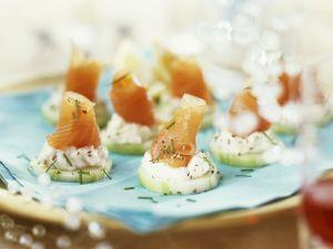 Salmon and Cream Cheese Cucumber Slices recipe