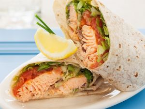 Salmon and Tomato Wraps recipe
