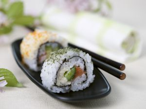 Salmon Sushi with Cucumber recipe