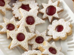 Sandwich Cookies with Red Currant Jam recipe