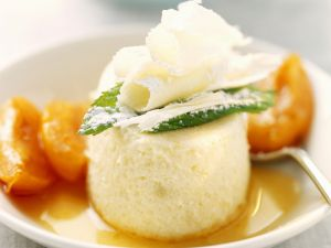 Semolina Pudding with Apricots and White Chocolate recipe