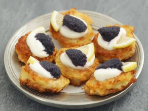 Shallow-fried Potato Pancakes Topped with Caviar recipe