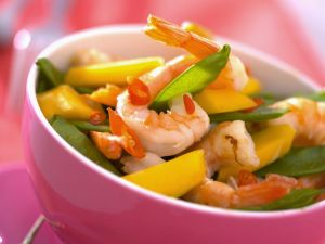 Shrimp Salad with Mango and Snow Peas recipe