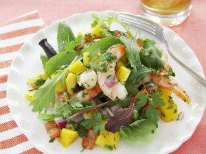 Shrimp Salad with Mango and Tomatoes recipe
