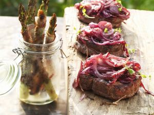 Sirloin Steaks with Grilled Onions and Asparagus recipe