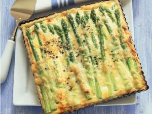 Soft Cheese and Asparagus Tart recipe