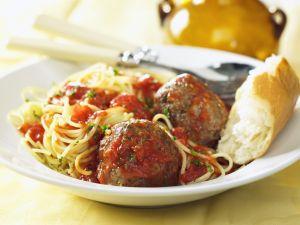 Spaghetti with Meatballs and Tomato Sauce recipe