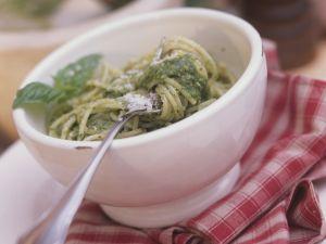 Spaghetti with Pesto recipe