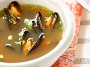 Spiced Mussel Broth recipe