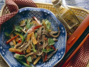 Spicy Beef and Vegetable Salad recipe