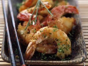 Spicy Shrimp with Herbs recipe
