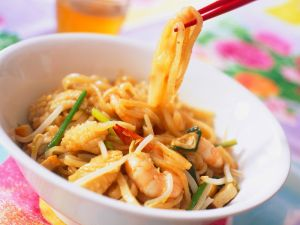 Spicy Shrimp with Noodles recipe