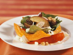 Spinach, Pumpkin, Apple and Plum Salad recipe