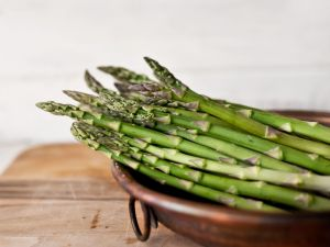 How to Cook Asparagus on the Stove