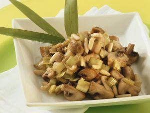 Stir-Fried Mushrooms and Leeks recipe