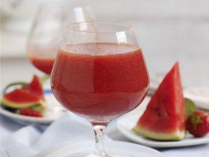 Strawberry and Melon Drink recipe
