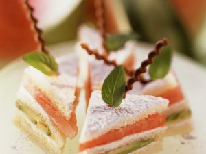 Sweet Avocado, Melon and Quark Sandwiches recipe