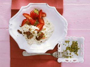 Sweet Italian Risotto with Strawberries and Pistachios recipe