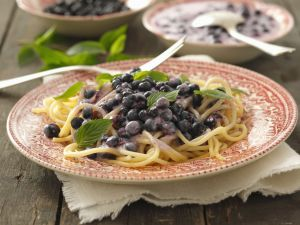 Sweet Pasta with Blueberry Sauce recipe