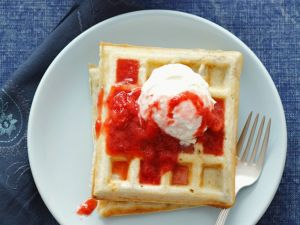 Sweet Waffles with Strawberry Sauce recipe