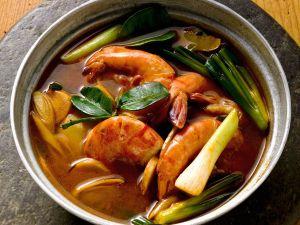 Thai Style Shrimp Soup with Scallions recipe