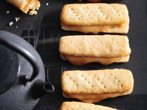 Toffee Shortbread Biscuits recipe