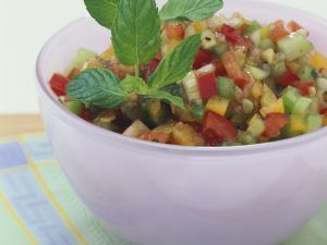 Vegetable Salad with Cucumber and Bell Peppers recipe