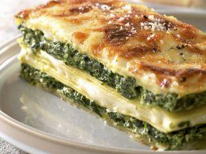 Wheat-free Spinach and Mozzarella Lasagne recipe