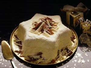 White Chocolate Star Cake recipe