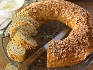 Whole-grain Bread Wreath recipe