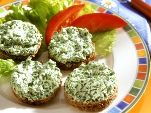 Wild Garlic and Quark Spread recipe