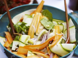 Zucchini and Carrot Salad with Onions recipe