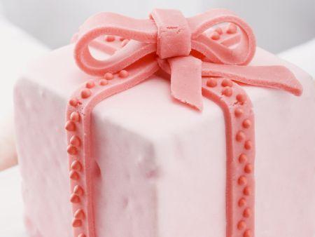 Almond Parcel Cake