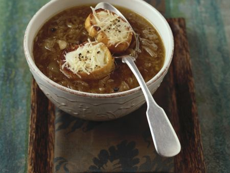 Brown Onion and Red Wine Soup