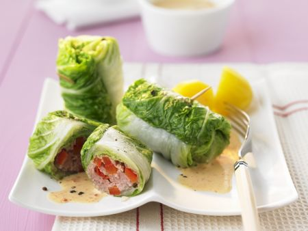 Cabbage Wraps with Meat Filling