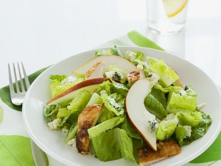 Chicken and Pear Salad with Blue Cheese