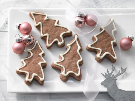 Christmas Tree Cookies with White-Chocolate Snow