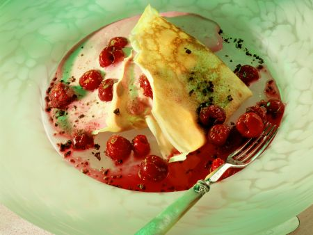 Crêpes with Cherries and Vanilla Custard