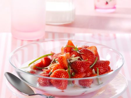 Fresh Strawberries with Lime and Buttermilk