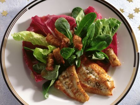Fried Plaice Fillets with Salad
