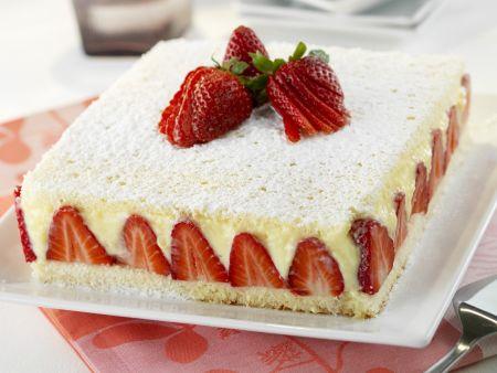 Gourmet Strawberry Cake