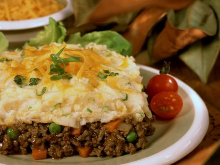 Minced Meat and Vegetable Pie with Cheesy Mash Topping