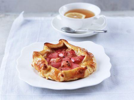 One-crust Rhubarb and Custard Pies