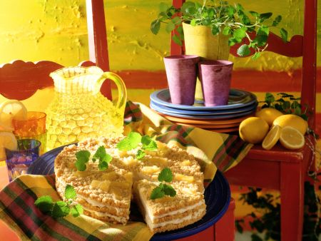 Pineapple and Mascarpone Cream Pie