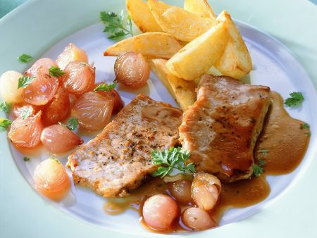 Pork Steaks with Shallot Sauce recipe | Eat Smarter USA