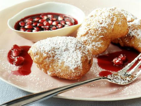 Powdered Donuts with Pomegranate Syrup