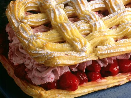 Raspberry Mousse Pastry