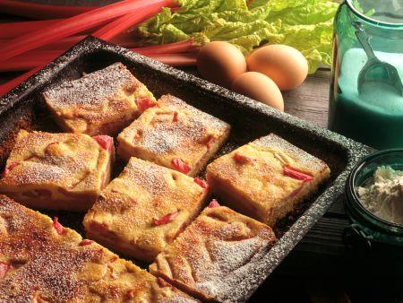 Rhubarb Pie with Quark Custard